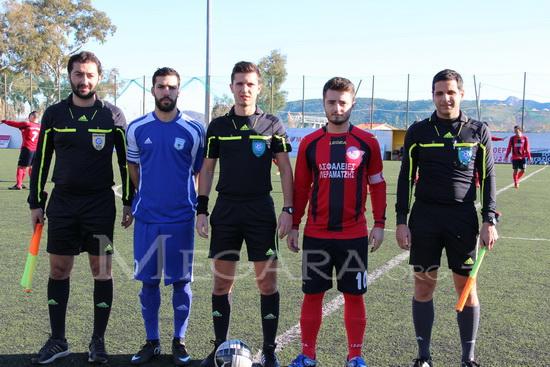 Το διαιτητικό τρίο, Βάτσιος, Σταμάτης, Δημόπουλος και οι αρχηγοί των ομάδων Γκαλάι και Καλογρίδης