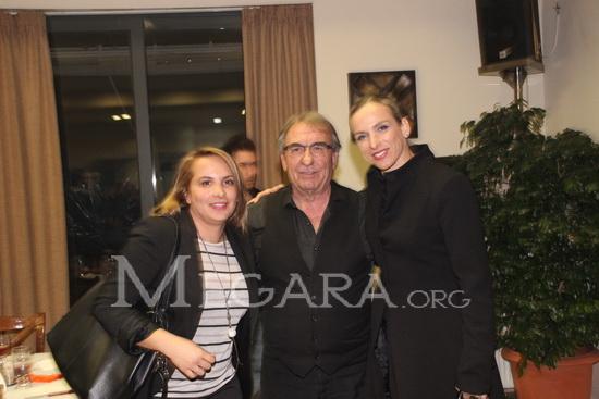 Ο Μιχάλης Τζανόπουλος με τα στελέχη της διαιτησίας Κουρομπίλια και Κασκαντήρη