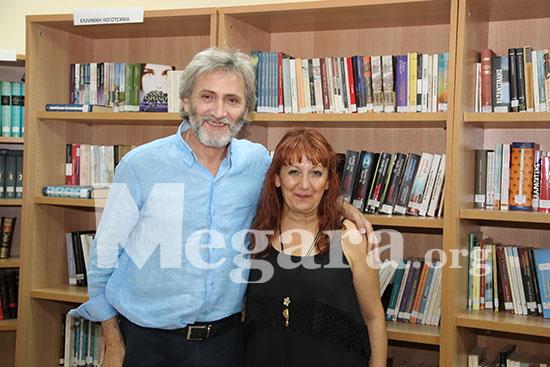 Με την υπύθυνη της Δημοτικής Βιβλιοθήκης Νέας Περάμου κ. Ευαγγελία Κούση